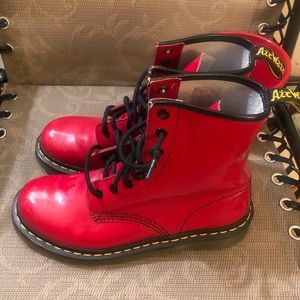 Dr. Martens Womens 1460 8-Eye red Patent Boot 7